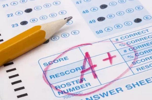 英国硕士录取规定的本科阶段的平均成绩